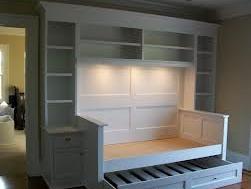 Smart Idea for Smaller Bedroom