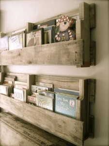 pallet-book-shelves-2