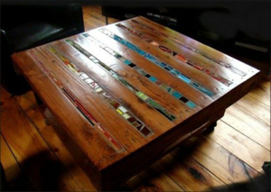 pallet-table-with-mosiac-inserts